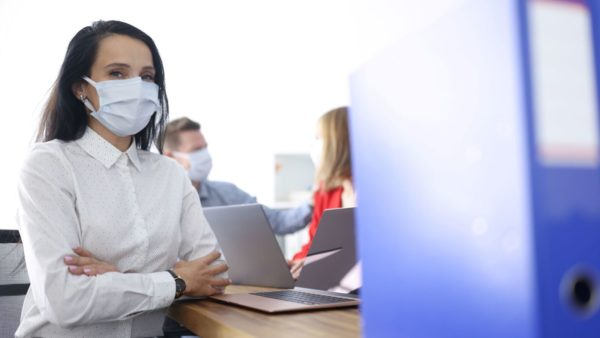 Kan Werkgever Werknemer Verplichten Tot Vaccinatie?