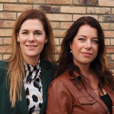 Eveline Corbet en Anita Degeling